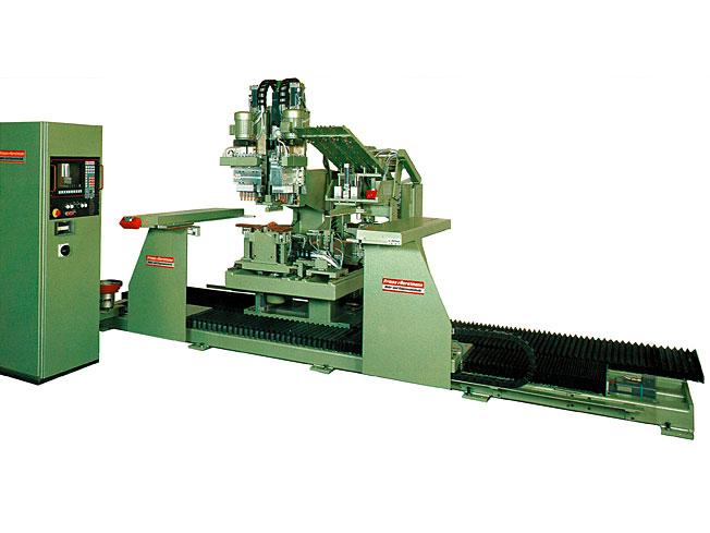 Hier BU: Bohr- und Montageautomat BAT-III-CNC mit Ein- oder Zweiplatzbearbeitung sowie automatischem Einzug für Werkstücke